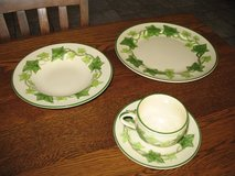 Franciscan Dinnerware Ivy Pattern in Alamogordo, New Mexico