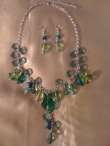 REDUCED!!!Fresh green ,2 piece set of jewelry in Fort Polk, Louisiana